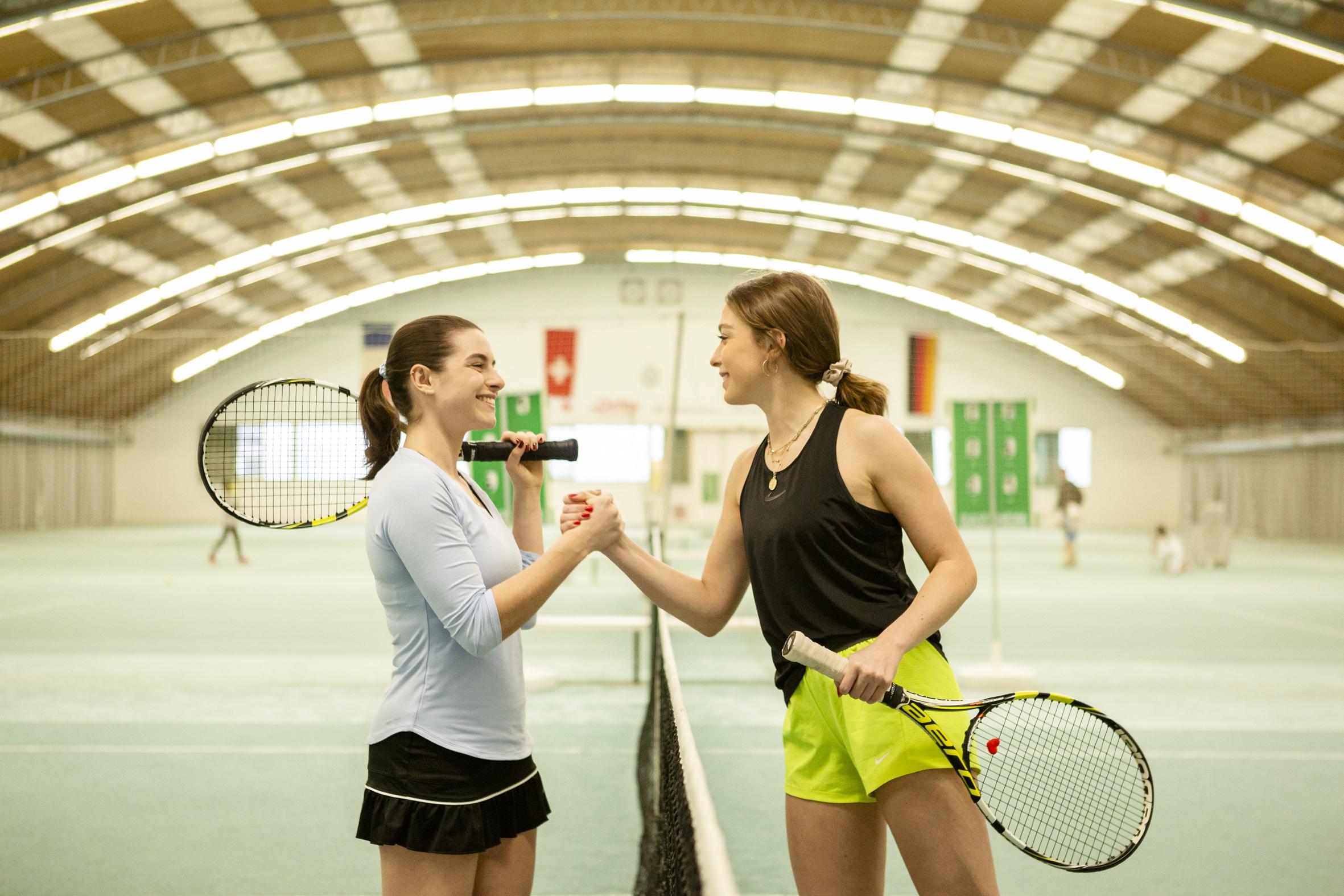Tennis spielen - Ballsportarena Grenzach